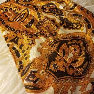 Beautiful fall vintage slick neck scarf